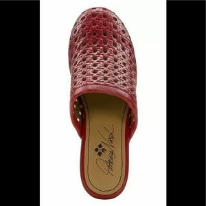 Women Patricia Nash leather Wood Lorena Mules Red